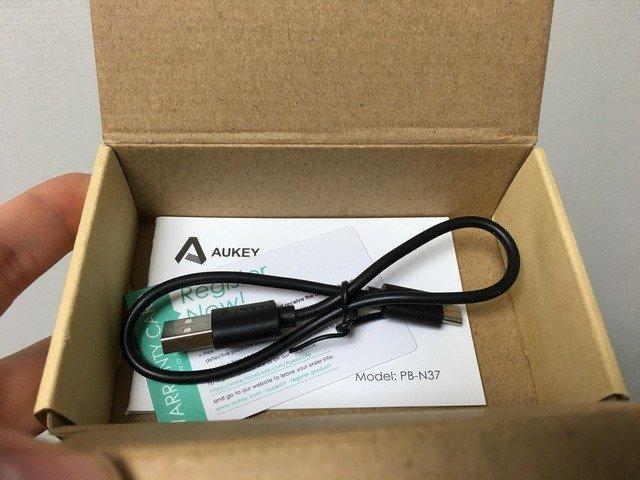 aukey_pb-n37_03.jpg