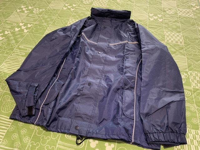 lilystar_rain_coat_02.jpg