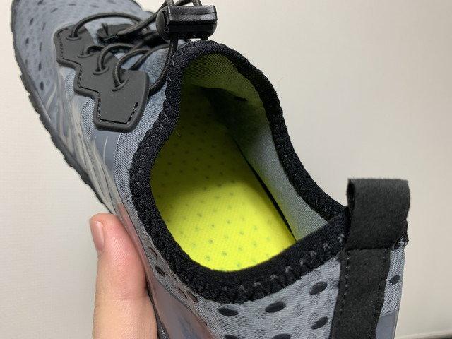 scieu_aqua_shoes_04.jpg