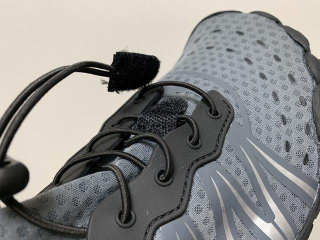 scieu_aqua_shoes_05.jpg