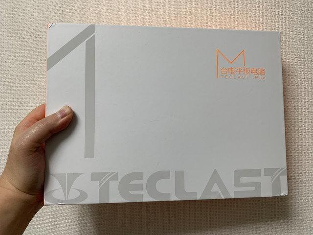 teclast_m18_01.jpg