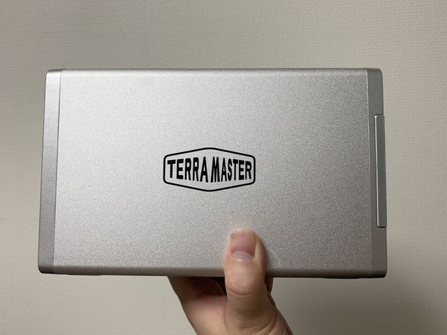 terra_master_tnas_f2-210_02.jpg